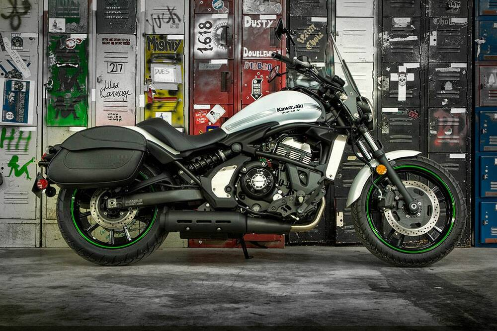 Kawasaki Vulcan S Review