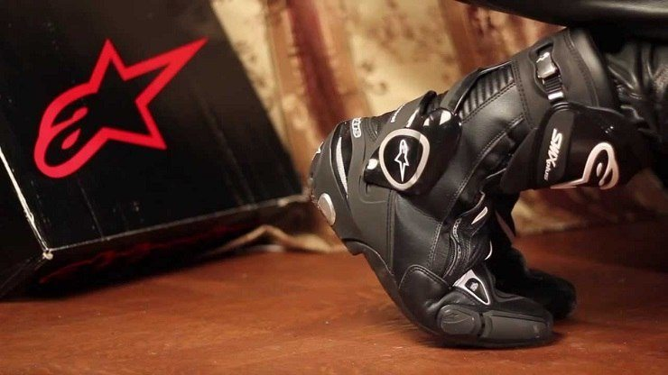 Hands-On Review - Alpinestars Street Racing Motorcycle Boots