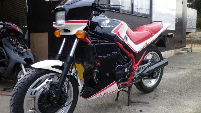 1983 Honda VFR400F
