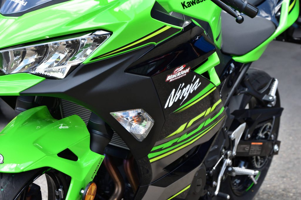 2018 Kawasaki Ninja 400 Turn Signals