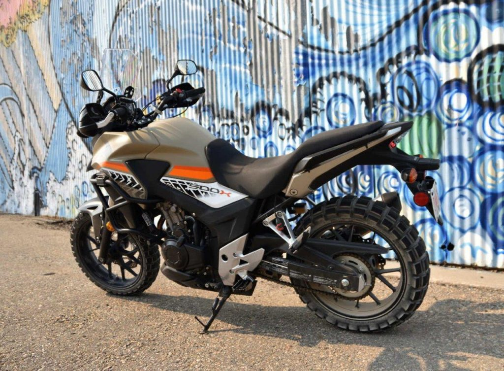 2016 Honda CB500X left side.