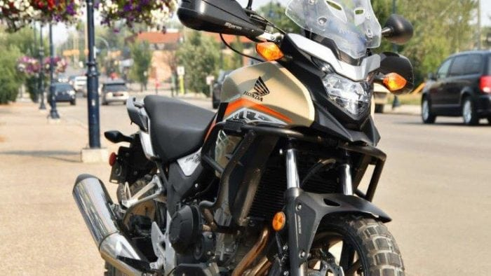 2016 Honda CB500X front right view.