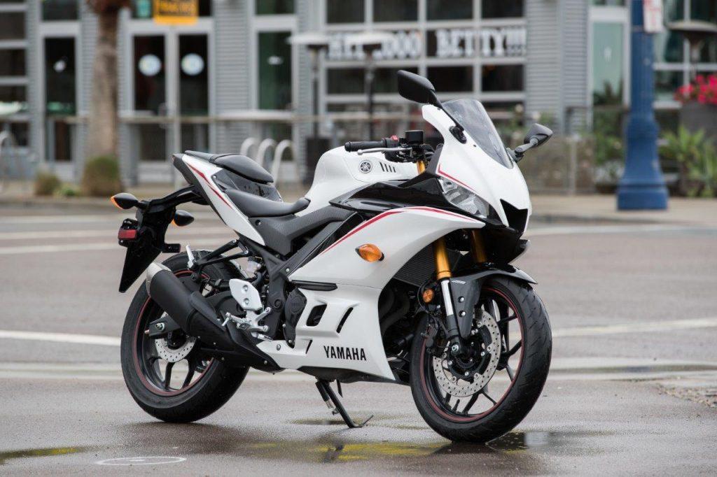 White 2019 Yamaha YZF-R3
