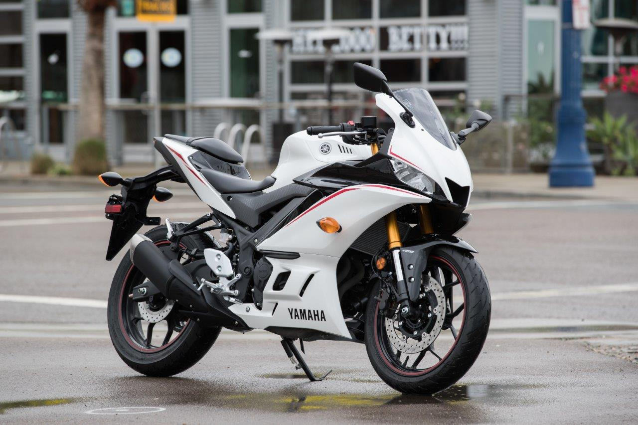 2019 Yamaha R3 Hands On Review