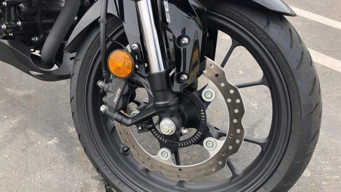 2019 Honda CB300R brakes.