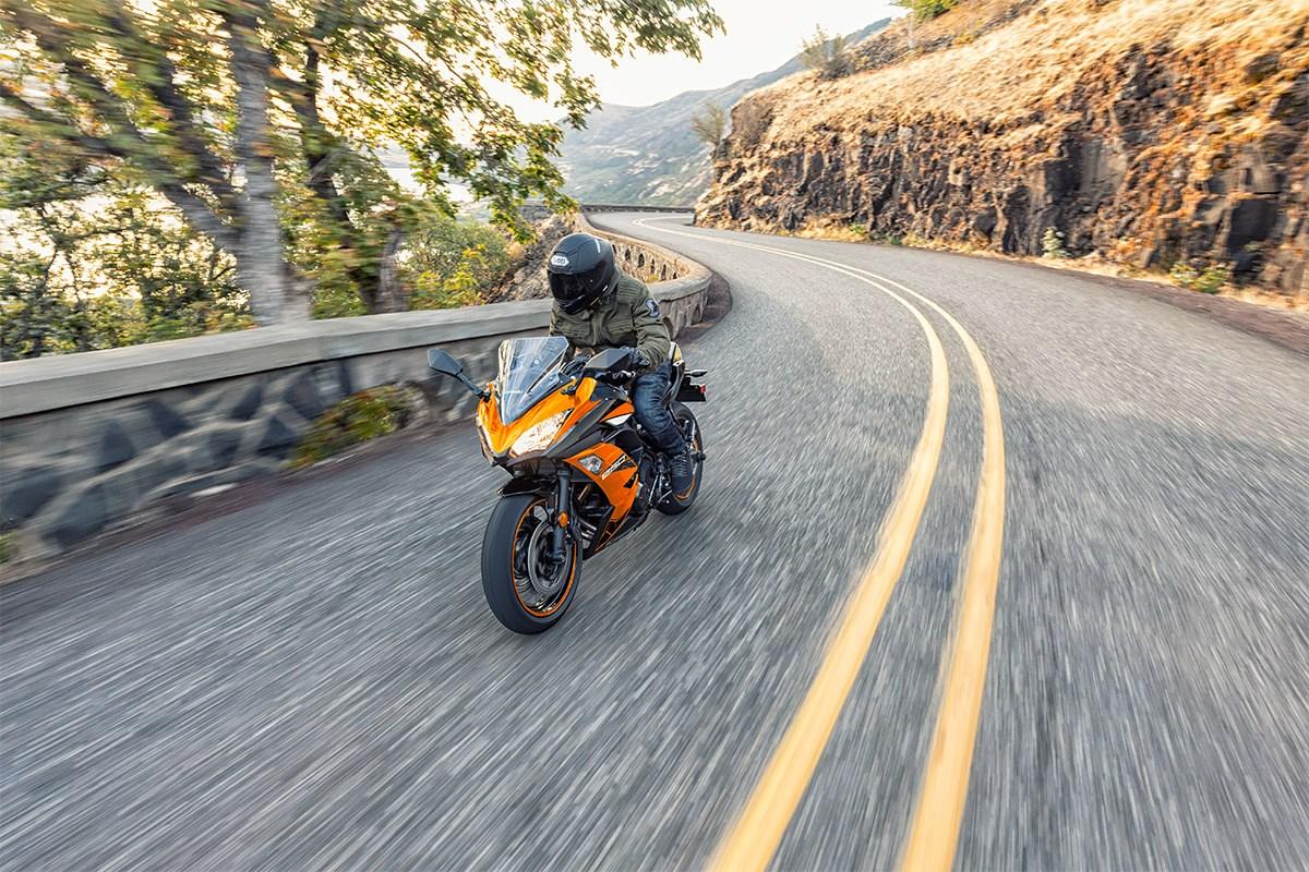 Kawasaki Ninja 650R in the mountains