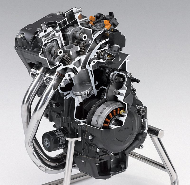 Honda 471cc parallel twin engine cutaway